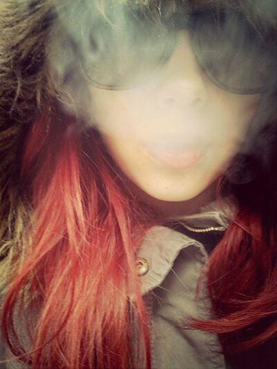 having a smoke ^^ Smoke Taking Photos That's Me Hello World