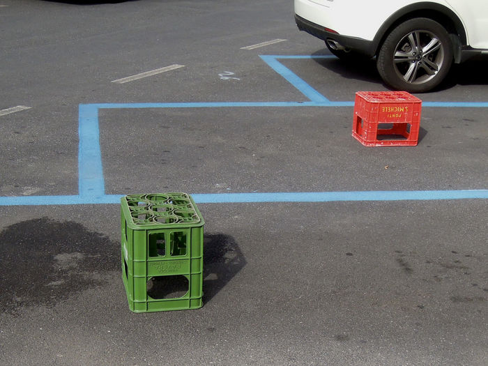 Colors Bottlebox Occupied Parking Area Red Green