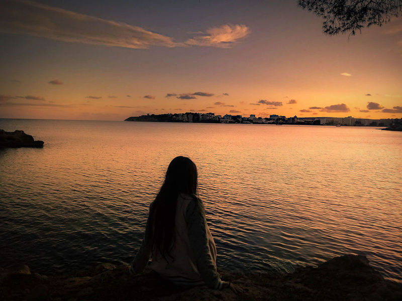Sunset 🌆 Beauty In Nature Sunset One Person Sky Horizon Over Water Tranquility 🍁🍂autumn Nature 🍁Fall Is In The Air🍃 place: son caliu-mallorca