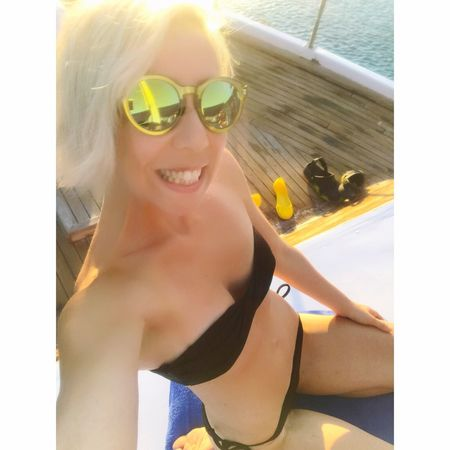 Sunglasses Vacations One Person Summer Young Adult Day Smiling Bikini Sea Sunlight Lifestyles Beautiful Woman Getting Inspired Model That's Hot Look Blond Hair Happiness Young Women Real People Happy Cheese! Hot Day Fun Populer Photos Its Me