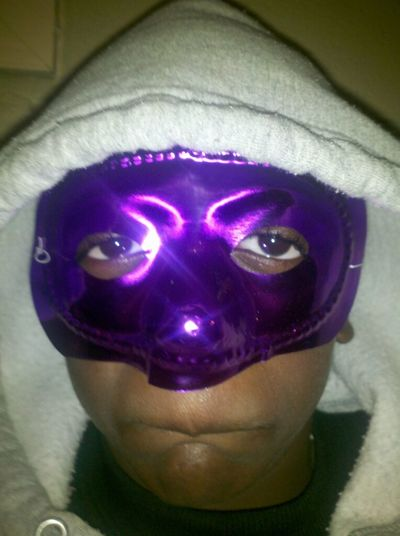 who want to rob someone