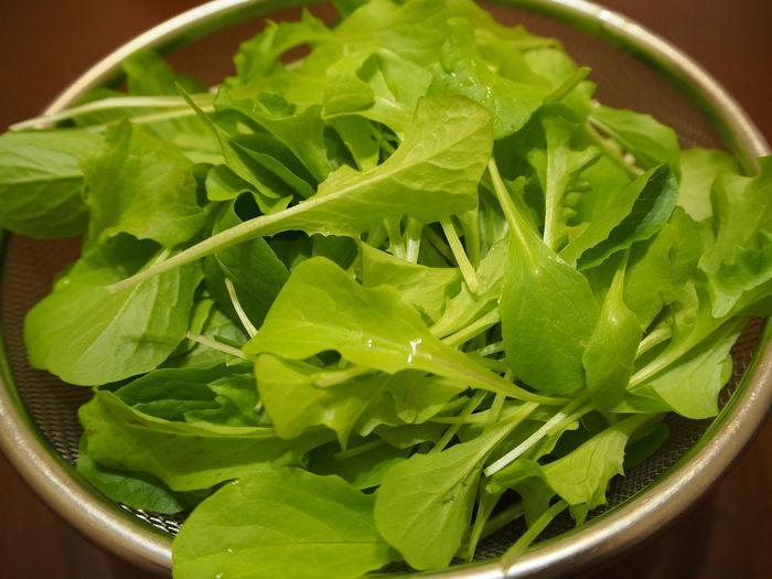 育てていたミックスレタスをついに収穫。結構もっさり収穫できたが、おかげで暫く食べられなくなっちゃいました。時間差で収穫できるように調整しなくては。それにしても、自分で育てた野菜はやっぱり美味いな~って週末でした。 EyeEm Best Shots Fresh Green Green Green!  Vegitables ミックスレタス レタス 水耕栽培 野菜