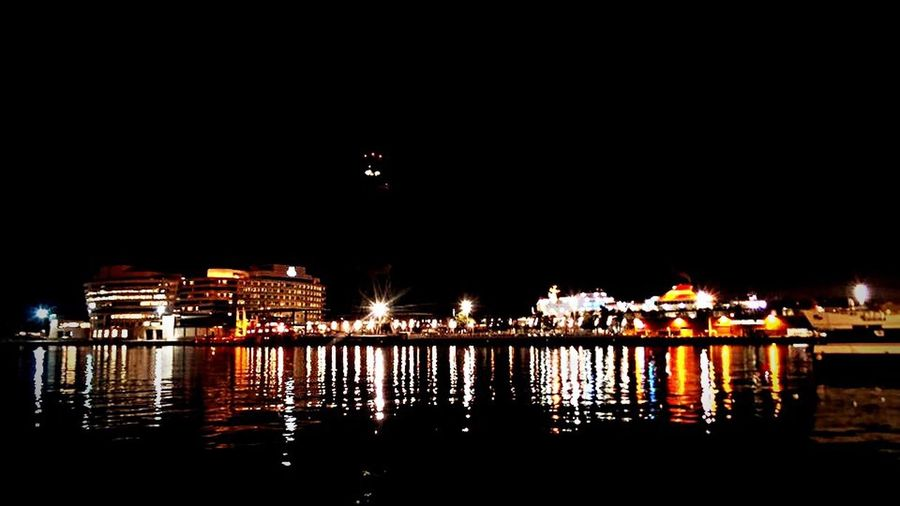 Barcelona, Spain BARCELONA PORT Port Vell Barcelona Barcelonagram Barcelona Sea Barcelona2015 Taking Photos Enjoying Life Check This Out Lightsonthewater Portofbarcelona Learn & Shoot: After Dark