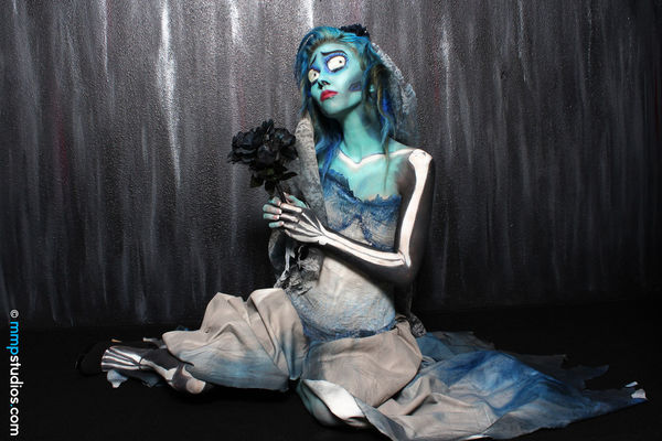 @melvinmaya @mmpstudios_com Beautiful Bodypainting CorpseBride Houston Houston Texas Skeleton Texas Black Background Body Paint Bride Creative Dark Dress Followme Gorgeous Horror Make-up Model Photographer Photography Sitting Spooky Tim Burton