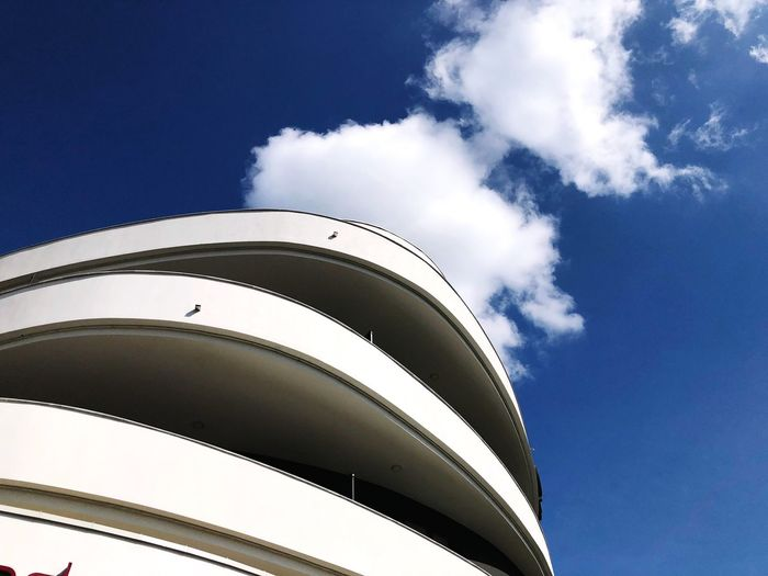 Modern elegant spacy Sky Low Angle View Cloud - Sky Architecture Day Built Structure Nature Building Exterior Outdoors Blue Sunlight Building White Color Modern Pattern Industry City Tall - High No People