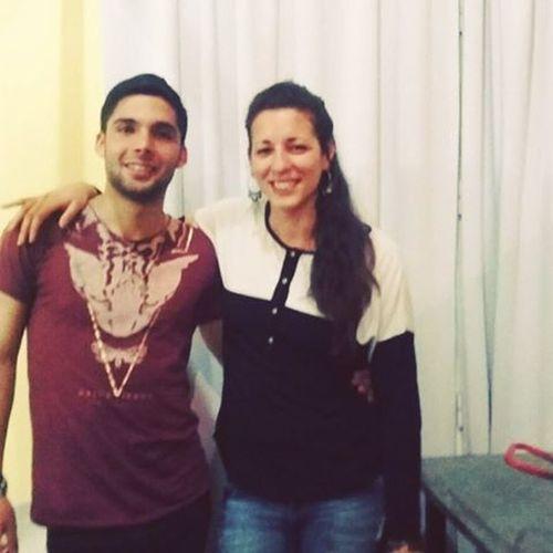 Foto con la profee! CenaNatacion Foto Profe RemeraDeGato Anoche
