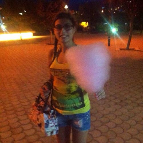 Tonight Park Ghazel Banet Sugar Rush Yummi Sweet Sweet Taste Good Time photographed by @pierine_mkassouf ❤️❤️❤️