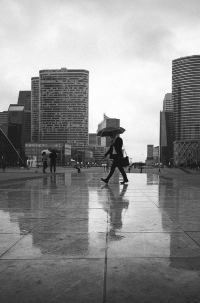 Streetphotography Rain Reflection Urban Lifestyle Candid Ricoh Gr Monochrome Blackandwhite Cityscape