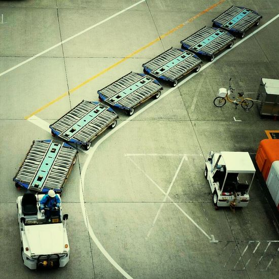 Airport Cargo Working