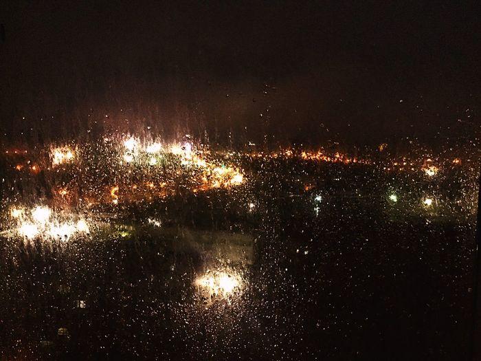 刚下过雨,空气清新