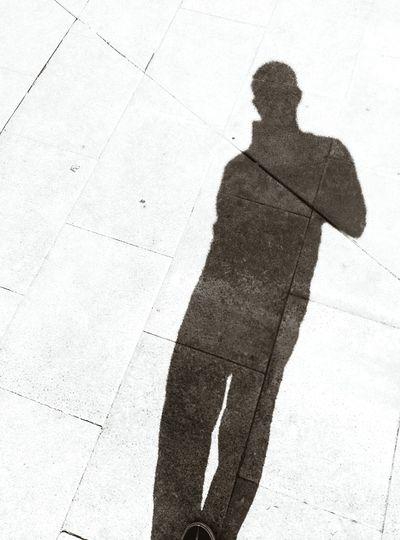 Jo Thats Me  Shadow Myshadow Streetshadow MiSombra Sombres Luces Y Sombras Sombras Y Curvas Luz Y Sombra