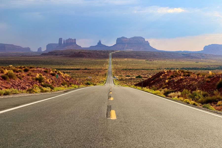 Road The Way Forward Rock Formation Scenics Sky Tranquil Scene Landscape America Transportation Adventure Tranquility Street No People USA Mountain Cloud - Sky Travel Destinations Southwest  Forest Gump Roadtrip View Mile Marker 13 Monument Valley Utah Arizona