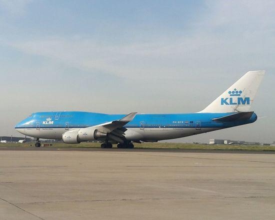 Airplane Transportation Sky Airport Flying Airplane Shot Airplaneview Planes AirPlane ✈ Aircraft Airportphotography KLM Travel Plane Aviationphotography Planespotting Aviation