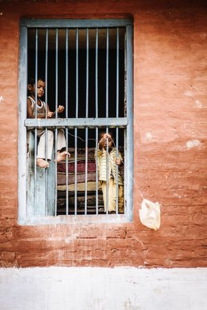 India Incredible India ASIA Window Day Varanasi The Week On Eyem VSCO Check This Out Incredibleindia Eye4photography  EyeEm Best Shots Travel Photography City Colorful Documentary Journey Vscocam Colours People Children Illuminated Cultures Streetphotography Kite