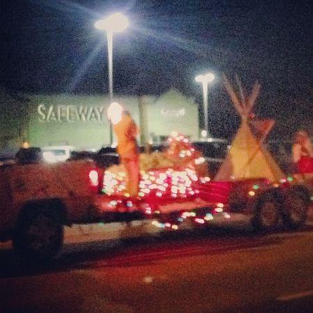 Safeway  Grocerystore Holbrook Holbrookaz holbrookarizona arizona teepee native nativeamerican navajo indian parade christmaslights christmas december2013