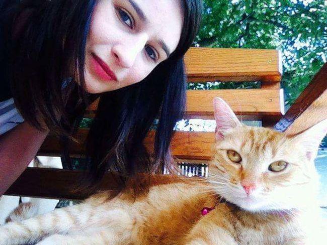 """My Love Animals My Love Cat 💚💚💚💚🐈 Beauty❤ Me And Cat Naturephotography """" Mój Najlepszy Mruczący Przyjaciel ♥ Nunulka Buniulka ♥♥ """""""