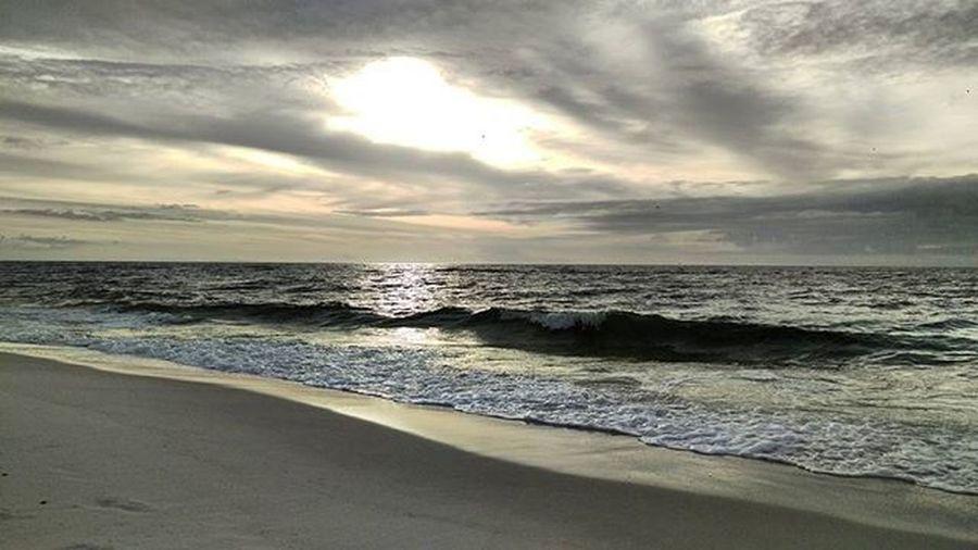 The Sun Reflectioning off nature's Mirror and Crashing Waves Navarrebeach LoveFl Emeraldcoast Emeraldcoasting HTCOneM9 Htconelife Oneography 20 .7mp @htc @HTCUSA @HTC_UK @HTCelevate @HTCMEA @HTC_IN @HTCIreland @HTCCanada @HTCMalaysia @htcsouthasia @htcfrance TeamHTC @sharealittlesunshine @pureflorida Beachlife