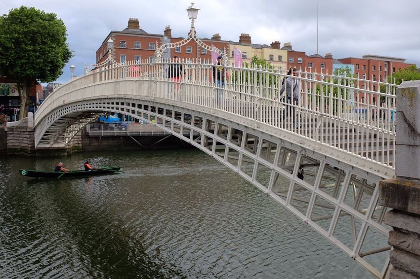 Dublin Ha'penny Bridge Liffey Rowing Rowboat