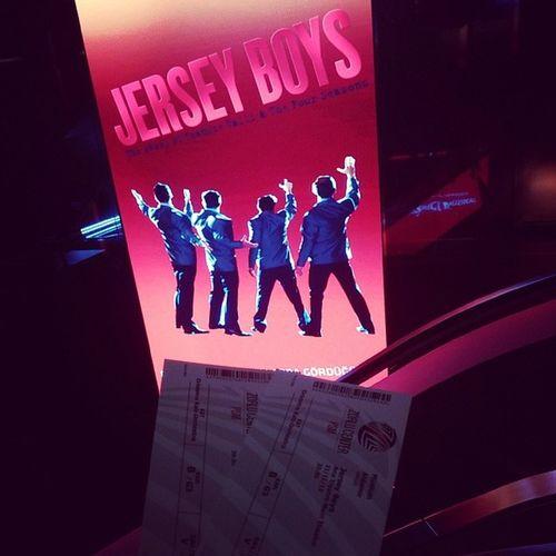 24üne kadar devam ediyor bir şekilde izleyin Broadway Jerseyboys Musical