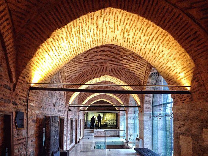 Gezgin İbrahim paşa sarayında.. Ottomanpalace