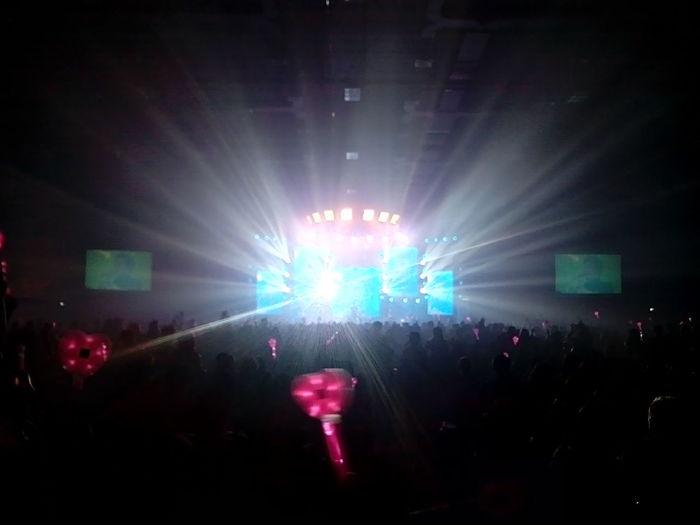 จบลงอย่างสวยงามกับคอนเสิร์ต Stamp Sci-Fi National Tour 2014 Hatyai ครบรส สนุก มันส์ ซึ้ง ฮา แขกรับเชิญ คิว ฟลัว ก็ปล่อยของ ปล่องพลังได้สุดยอด กอล์ฟ ฟักกลิ้งฮีโร่ แร๊พได้สะใจ Concert Stamp Sci-fi National Tour 2014 Central Festival Hatyai