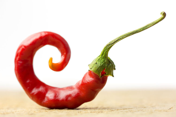 chili pepper Chili Pepper Green Animal Themes Capsicum Chili  Close-up Day Food Food And Drink Foodporn Freshness Healthy Eating Nature No People Outdoors Pepper Peppers Red Studio Shot Vegan Vegan Food Vegetable White Background