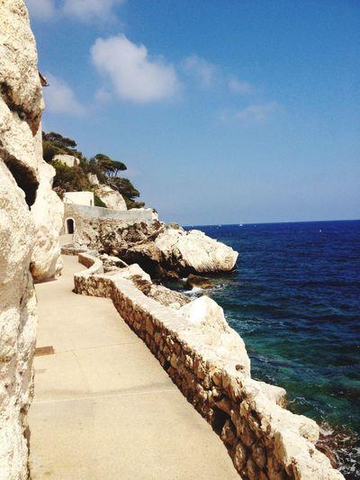Cammina Da Solo e Non Fermarti Mai! Freedom Mare Monte Carlo ❤ Sea And Sky Picture Côte D'Azur Beautiful Place Natura Libertá Promenade Fontville Elegance Everywhere Nature