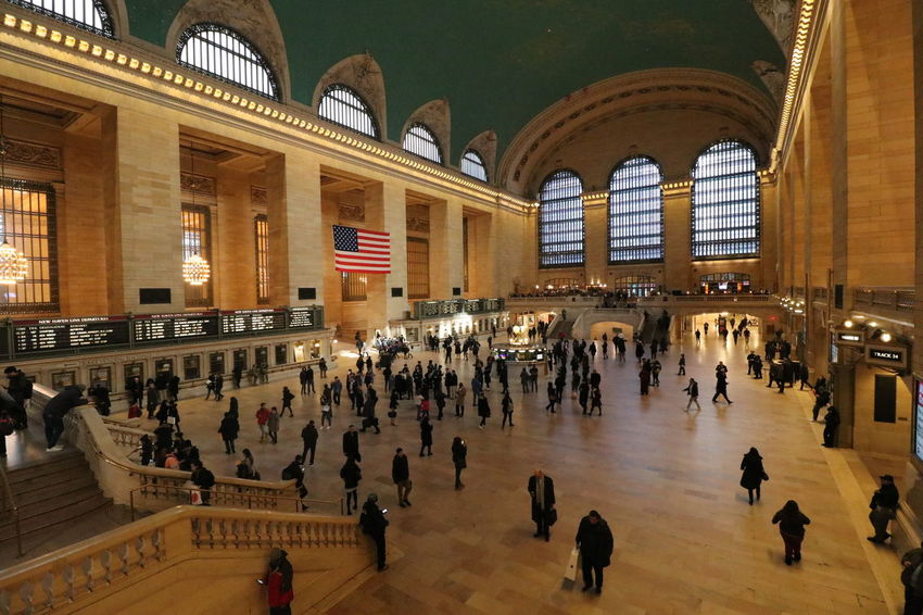 Busy Grand Central Station EyeEmNewHere New York Grand Central Station Travel Destinations Train Station Destination America Clock Face History Architecture Built Structure Railroad Station Transportation Building - Type Of Building Public Transportation Train - Vehicle Visiting Railroad Platform Railroad Track Train Interior