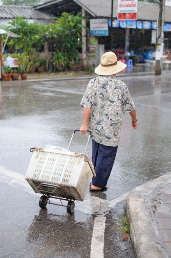 Carry On Rainning Street Photography