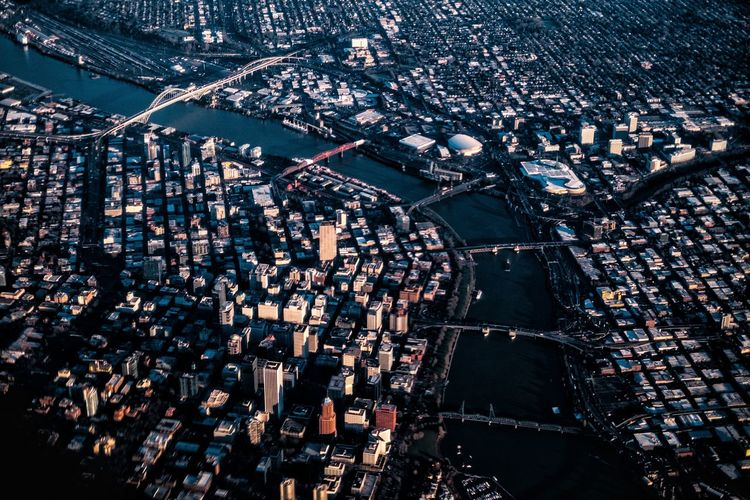 Skyline from sky. Shot from an Alaskan Air flight into the city. IG @noeldxng Portland, OR Oregon River Bridge - Man Made Structure Water Backgrounds Full Frame Close-up Urban Scene Aerial View Airplane Wing Patchwork Landscape Skyscraper Cityscape Tall - High Financial District  Urban Skyline Aeroplane Residential District Skyline Downtown Crowded Office Building 17.62°