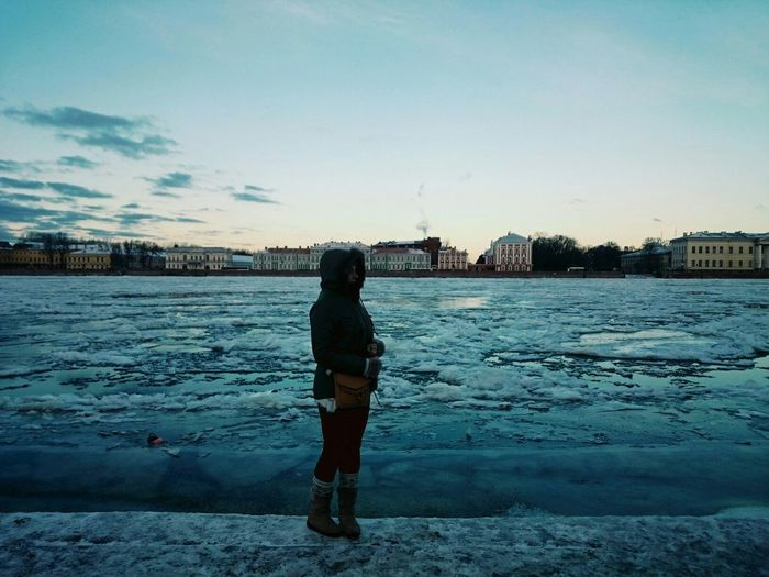 Winter Cold Temperature One Woman OnlyFrozen Snow St. Petersburg Neva River Санкт-Петербург Lake One Person Beauty In Nature Only Women Nature нева набережная настроение память Memories City Life Water Ice