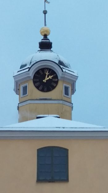 It's Cold Outside Cupola Building Söderköping Snow Snow ❄ Scandia Sverige Scandinavia Sweden Wintertime Frost Winter Cold Day Cold Clock Clock Tower