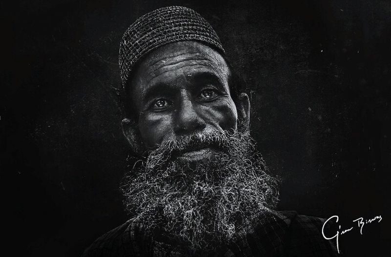 Portrait Homeless Streetphoto_bw Streetphotography Gson_biswas Photooftheday Man Canon_bangladesh Black Grunge Lee_jeffries