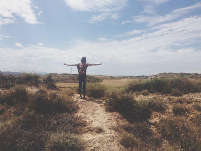 Si no puedes volar, deja que lo haga tu imaginación Aire Parada Siente Vuela
