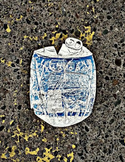 Lata Reciclaje Perdida Textured  Communication Close-up Asphalt Empty Road