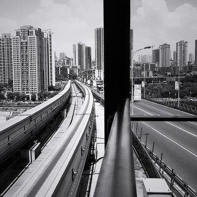文艺重庆 | 059 Iphone6plus Built Structure Architecture Building Exterior Transportation City Day Mode Of Transportation