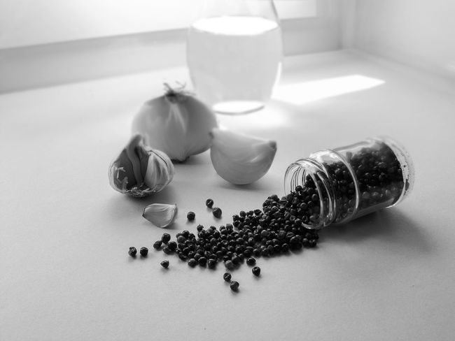 Food Onions Pepper Hot Chili Alimentation Black And White Photography Close Up Food And Drinks Kitchen Meditmediterranean Cuisine No People Oil Olive Spices Still Life Still Life Food Table