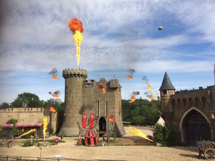 Le Puy du fou 😃 , plus beau parc mondial 👏🏻 c'est juste ...... féerique , magique enoooormissime 😳 The Magic Mission Hello World Enjoying Life Puy Du Fou Vendée Love ♥