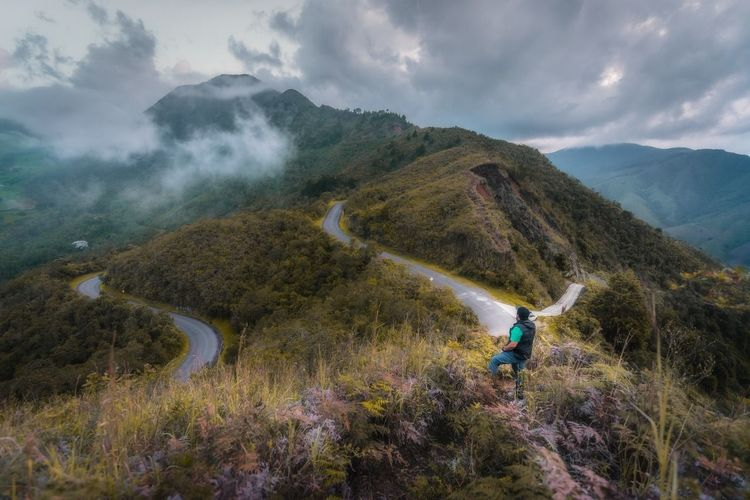 Be. Ready. Mountain Hiking One Person Adult Nature Mountain Range Adventure Landscape People Scenics Adults Only Outdoors Plant Beauty In Nature Cloud - Sky Fog Autumn Rural Scene Men Day See The Light