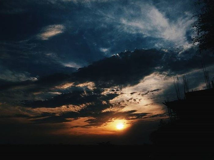 As the sun goes down, I was reminsicing the good memories we had. And I said to myself, how good they are to be part of my life. Friends Friendsquad VSCO Vscoshot Vscomobile Vscomood Vscodaily Vscocam VSCOPH Vscophiles Vscogood Vscocliqueph Vscohype Vscopinas Vscofeeds Vscofeedsph Vscogram Vscogrid Vscogrammer Tagsforlikes Tagsforfollow Followback Mobilephotography Photography PictogramPh grammerph sunset sunsetlover