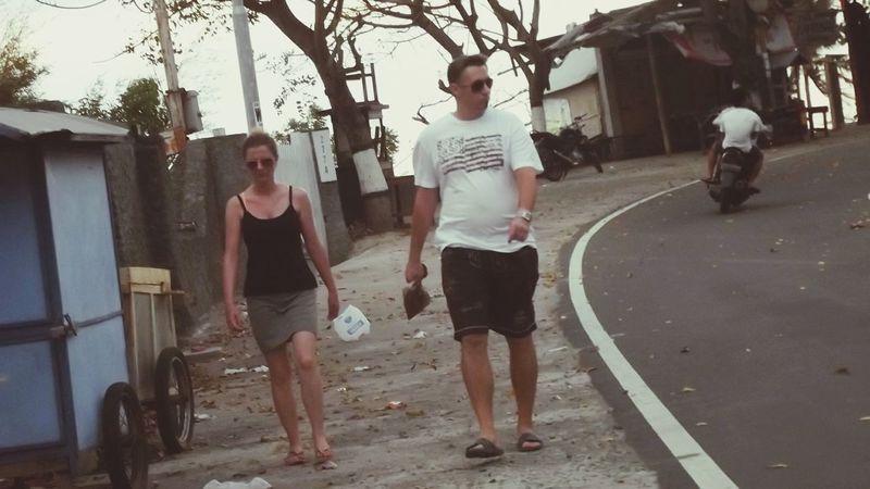 Bule Orang Bule Jalan-jalan Walking di Lombok Nusa Tenggara Barat INDONESIA EyeEm Indonesia