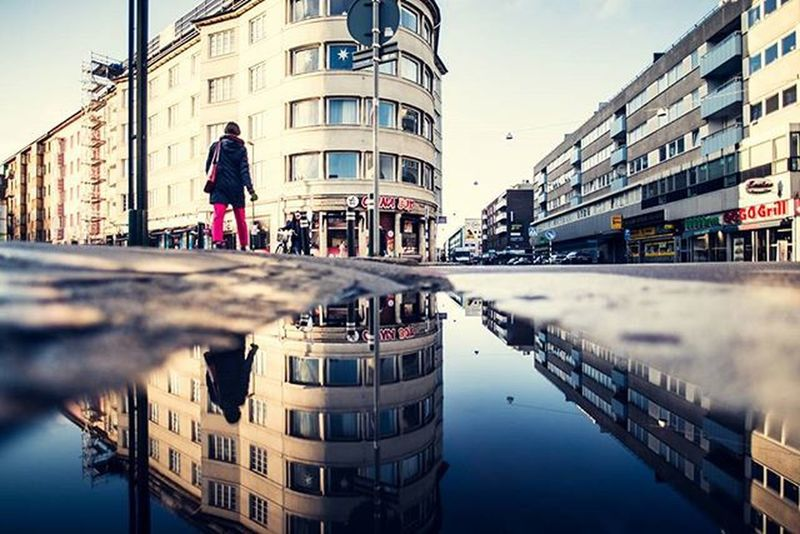 Malmö i mostly like to edit you 😗 . Malmö Hejltmalmo Streetview_sweden Pocket_streetlife Tv_streetview Tv_pointofview Fatalframes Way2ill Illgrammers Justgoshoot Agameoftones Artofvisuals AOV Heatercentral Malmotown Puddlegram Puddle_warfare Loves_reflections Thepuddlegames Puddlegram Symmetrykillers