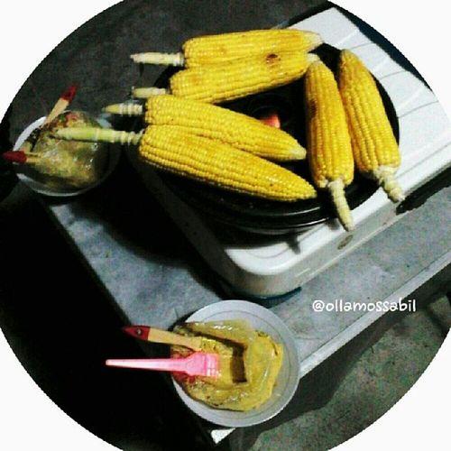 Malam terakhir di Tahun Masehi 2013 (^ム^) … … Manggang Jagung pake cara modern ヽ(^。^)ノ… … …