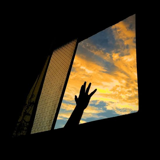 Reach Vscox Lima Perú Human Hand Sunset Silhouette Sky Dusk Dramatic Sky Evening Atmospheric Mood Atmosphere Moody Sky Reaching Inner Power Go Higher
