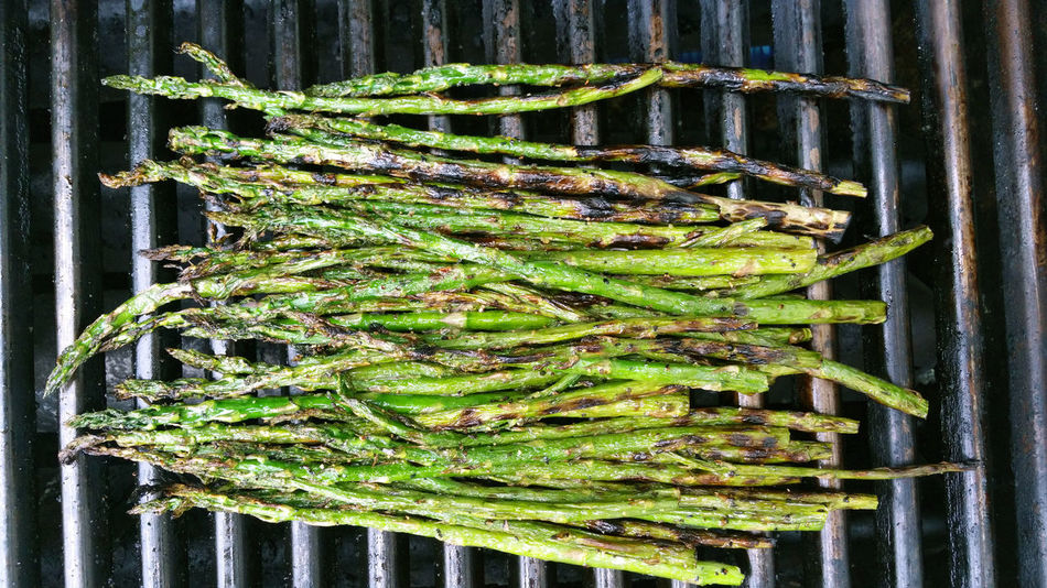 Grilled asparagus on the grill Abundance Arrangement Asparagus Close-up Day Eating Healthy Focus On Foreground Food Food Photography Foodphotography Freshness From Above  Green Color Grill Grilling Growth Heap In A Row Large Group Of Objects No People Repetition Side By Side Vegetables Vegetarian Vegetarian Food