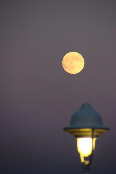 Moon Light 灯