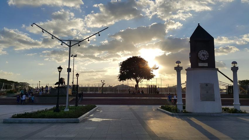 Seeing The Sights The Places I've Been Today KilometerZero Nofilter Sunset Monument RizalPark Manila, Philippines