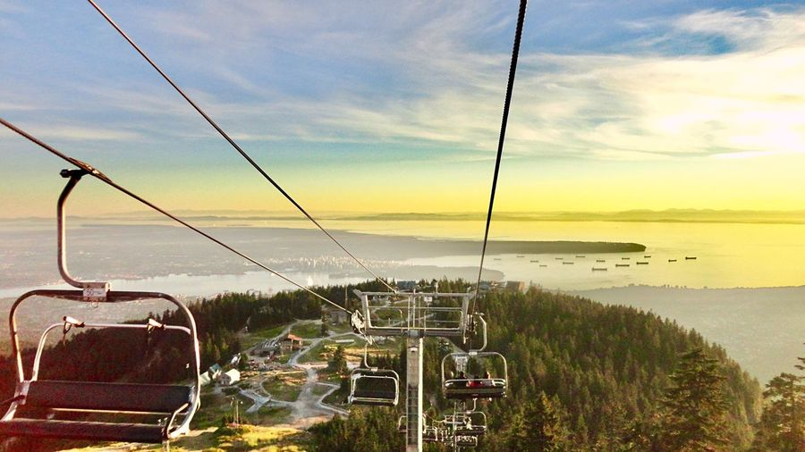 I wish you all the best in the coming new year!🐣✨ Grouse Mountain North Vancouver,BC British Columbia Canada Vancouver Cityscape Landscape Seascape Skyscape Ski Lift Enjoying The View Mountain_collection Pacific Ocean Ships Sunset Feeling Free Hiking Day EyeEm Best Shots Showcase October Outdoors Want To Go Back リフト バンクーバー カナダ 良いお年を