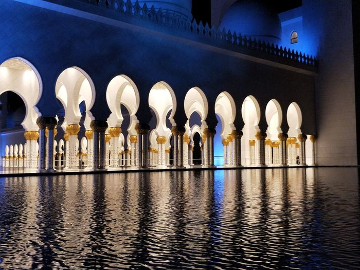 Architecture Travel Destinations Arch Architectural Column Tourism Built Structure Architectural Feature History Water Travel No People Outdoors Night Building Exterior City Grand Mosque Abu Dhabi HUAWEI Photo Award: After Dark