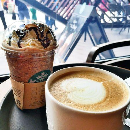 Enjoying Life Light And Shadow First Eyeem Photo EyeEm China Traveling IPhoneography Starbucks